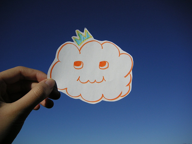 cloud picture wearing crown